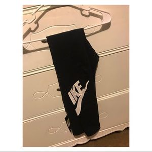 Black Nike Leggings - New w/ Tags! Size S